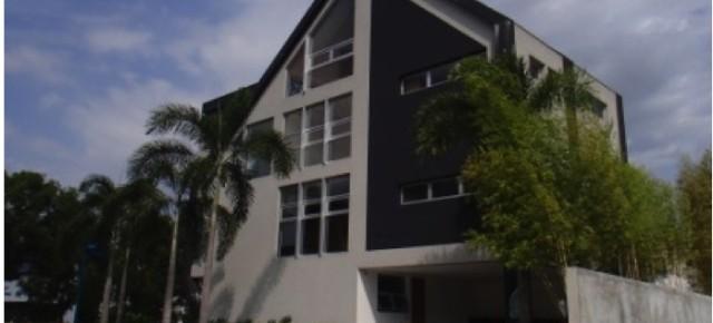 Mckinley Hill – Modern House