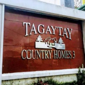 RESIDENTIAL HOUSE AND LOT FOR SALE: Tagaytay Country Homes 3