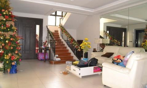 TOWNHOUSE FOR SALE: New Manila, Quezon City « For Sale