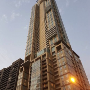 CONDO FOR SALE: Discovery Primea, Apartment Ridge, Makati City