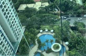 FOR SALE Two Roxas Triangle: Paseo de Roxas, Makati
