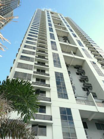 CONDOMINIUM FOR SALE: W Tower, Bonifacio Global City