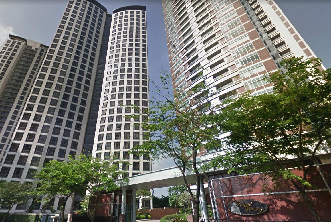 Condominium For Sale: Penthouse Unit – Regent Parkway, Bonifacio Global City, Taguig City